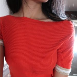 The limited top red size small